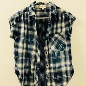 Cloth and stone flannel button down shirt in XS